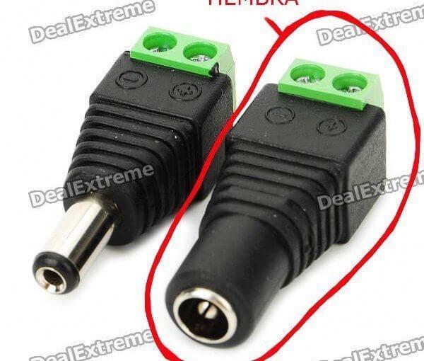 Conector corriente hembra